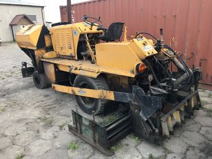 AMMANN BLAW KNOX BF20 asfalteermachine op wielen